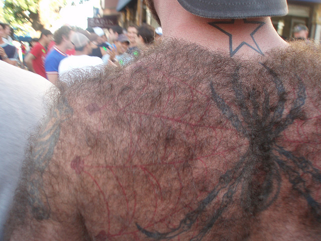 tattoo-back-hair